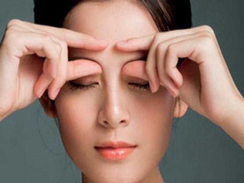 Giải quyết cơn buồn ngủ chỉ với chỉ với 1 vài động tác massage